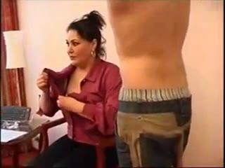 döntetlen tini pornó